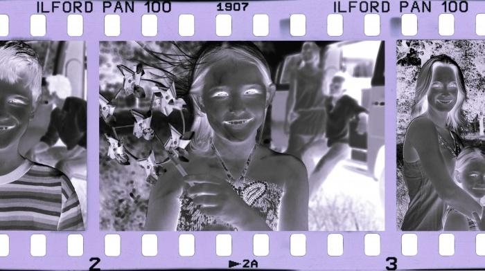 černobílíé negativy