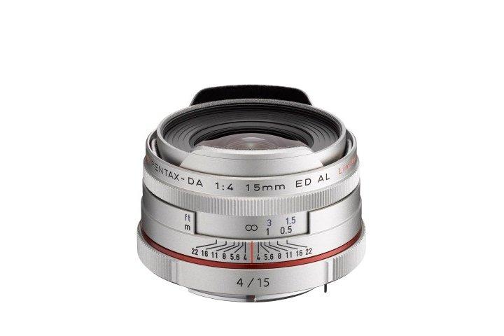 PENTAX 15 mm f/4 HD DA ED AL Ltd. stříbrný