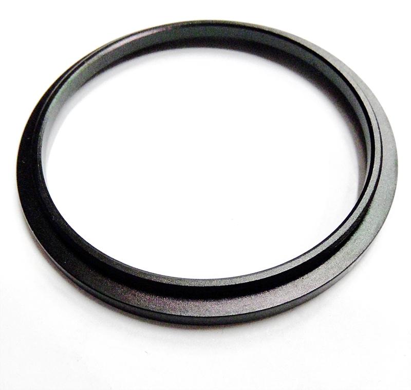 Redukce na filtr 55/72 černá