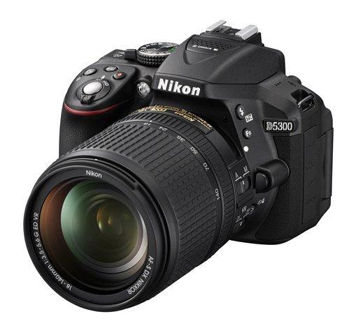 NIKON D5300 + 18-140 mm VR