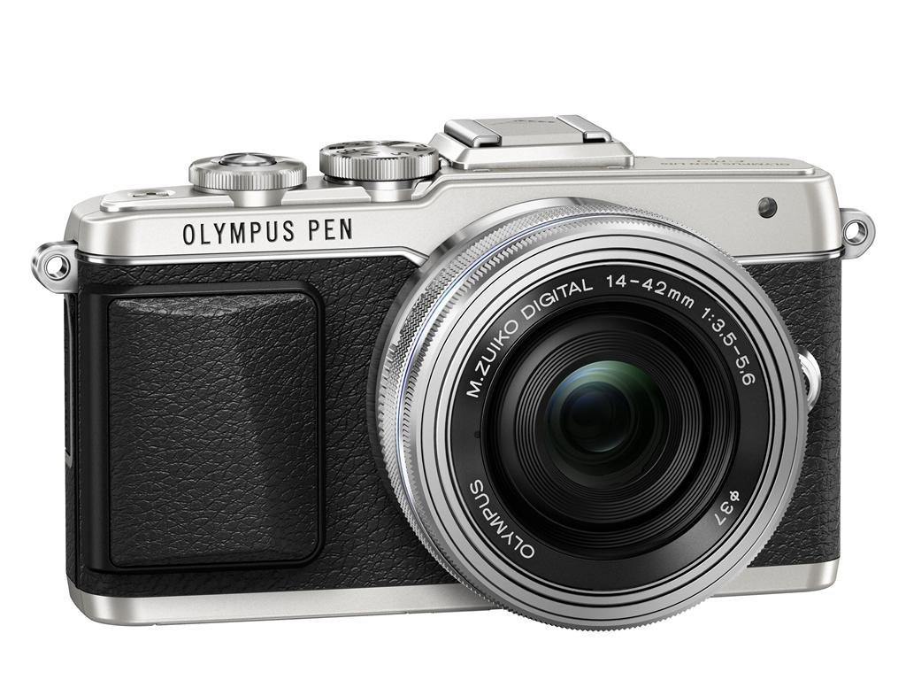 OLYMPUS E-PL7 stříbrný + 14-42 mm EZ stříbrný + popruh a pozdro Olympus zdarma