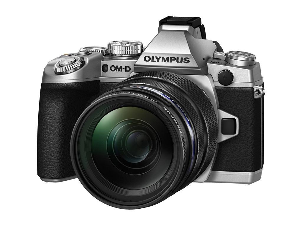 OLYMPUS E-M1 stříbrný 12-50mm kit