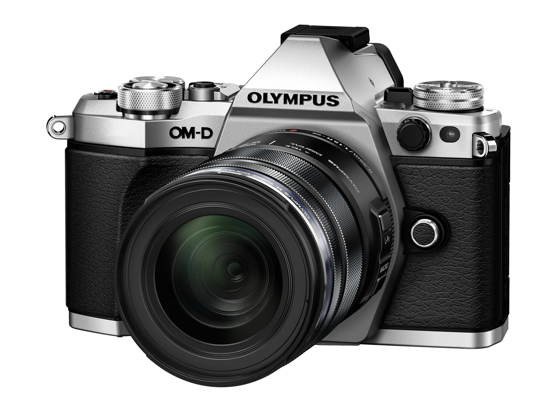 OLYMPUS E-M5 Mark II stříbrný + 12-50 černý