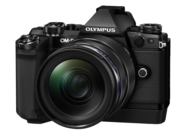 OLYMPUS E-M5 Mark II černý + 12-40 PRO čern CashBack 2 700 Kč