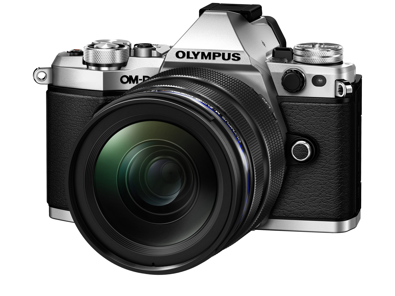 OLYMPUS E-M5 MARK II stříbrný +12-40 PRO černý