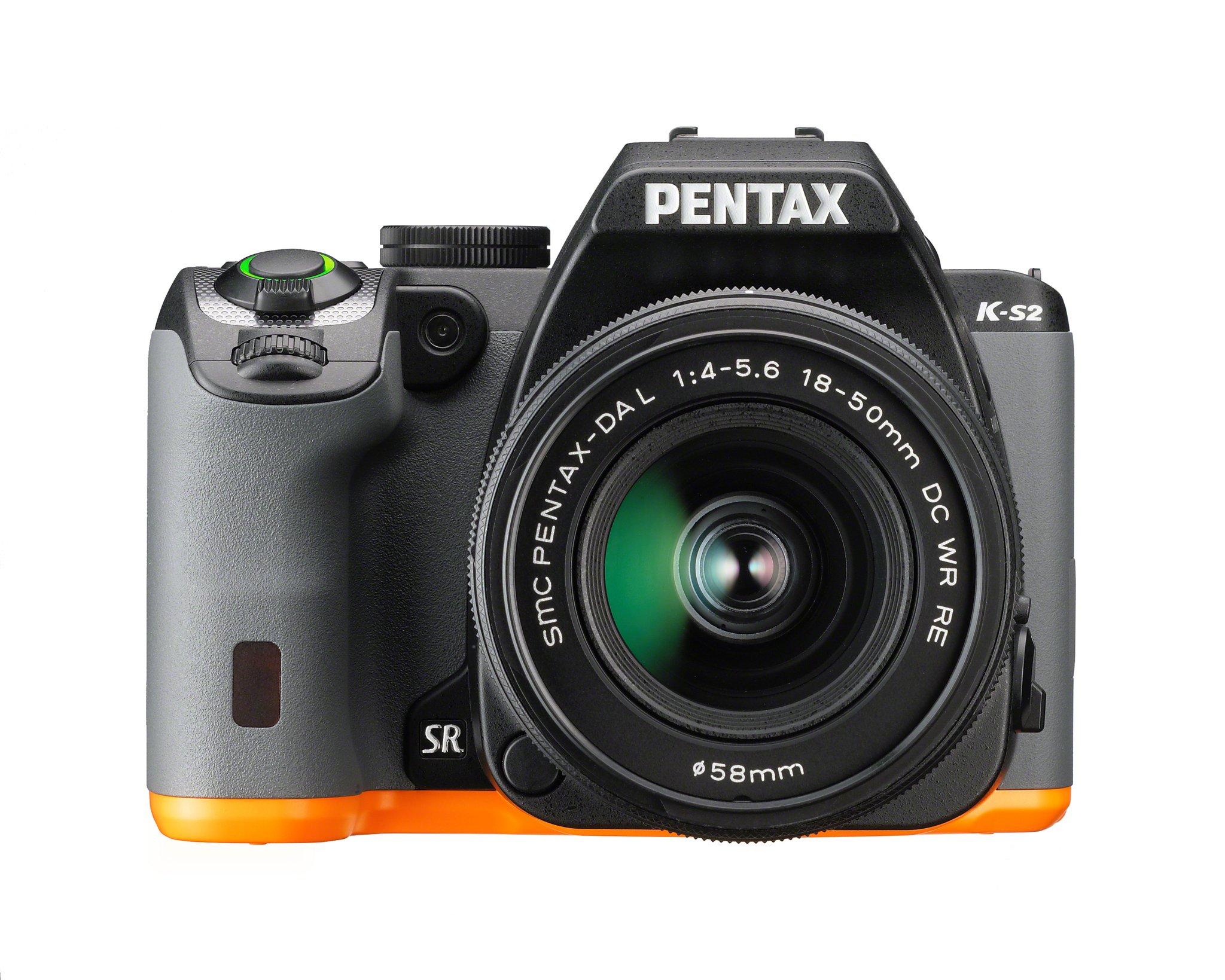 PENTAX K-S2 + 18-50 mm WR černý/oranžový