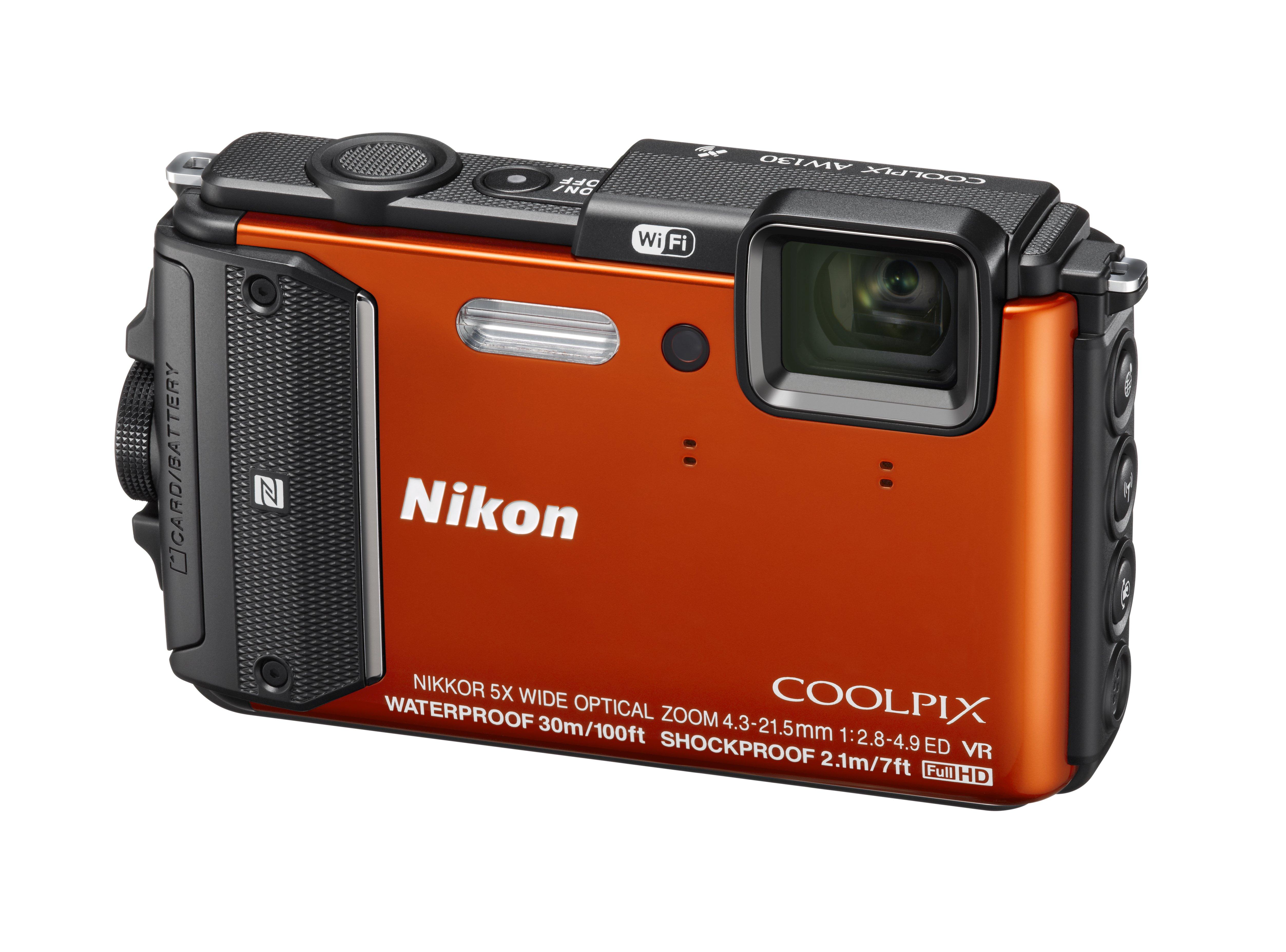 NIKON COOLPIX AW130 oranžový + SDHC 16 GB