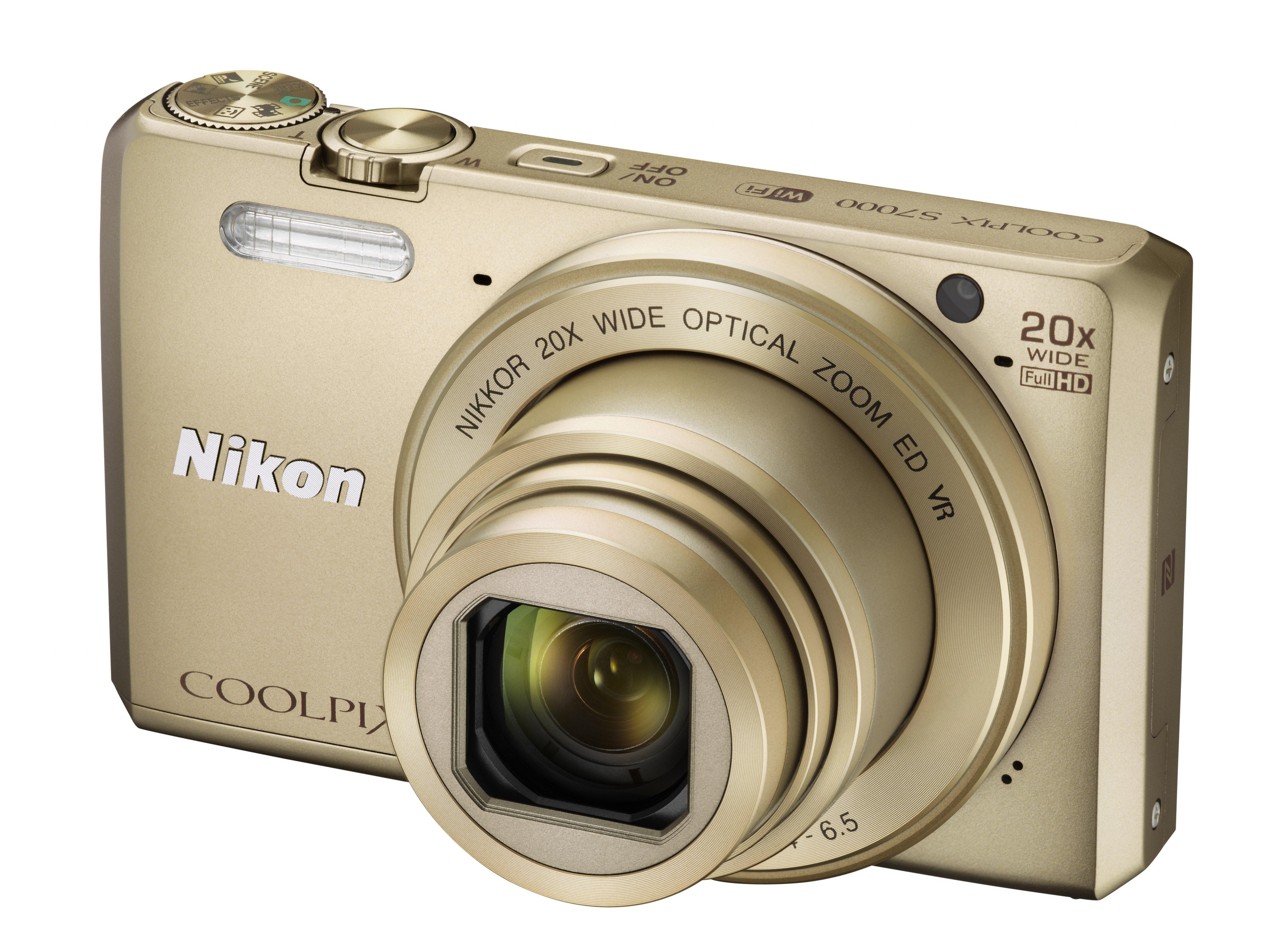 NIKON COOLPIX S7000 zlatý + SDHC 8 GB + originální pouzdro zdarma