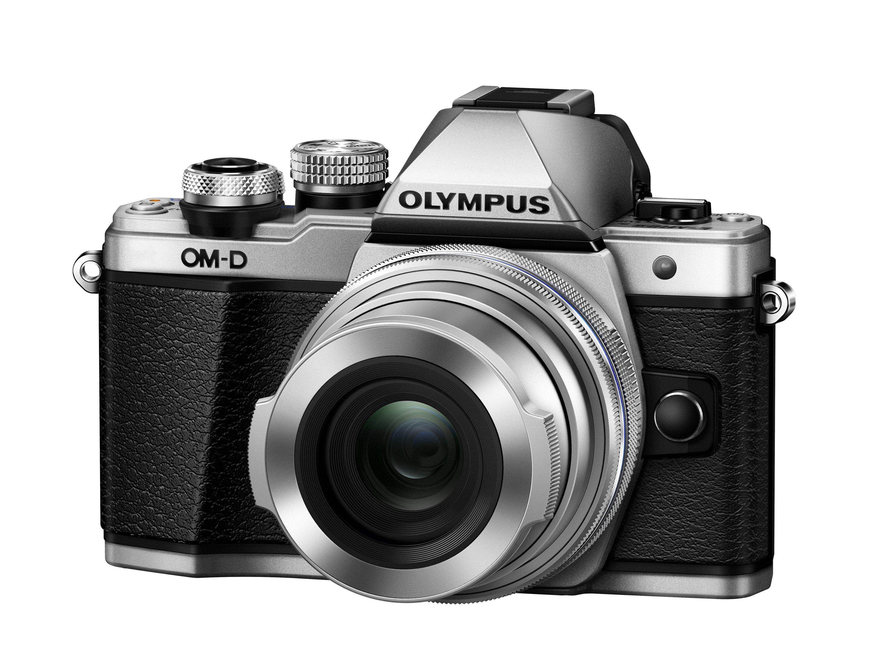 OLYMPUS E-M10 Mark II + 14-42 EZ stříbrný CashBack 2 000 Kč