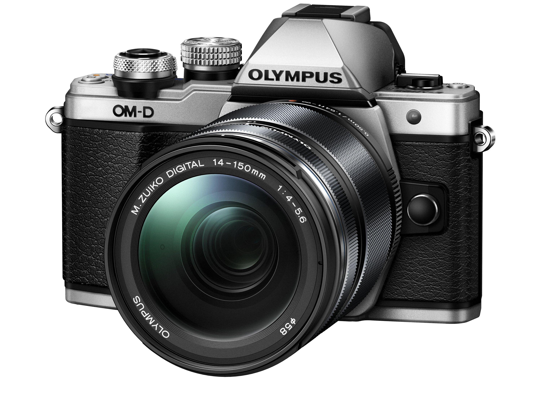 OLYMPUS E-M10 Mark II + 14-42 II R stříbrný + 40-150 černý CashBack 2 000 Kč