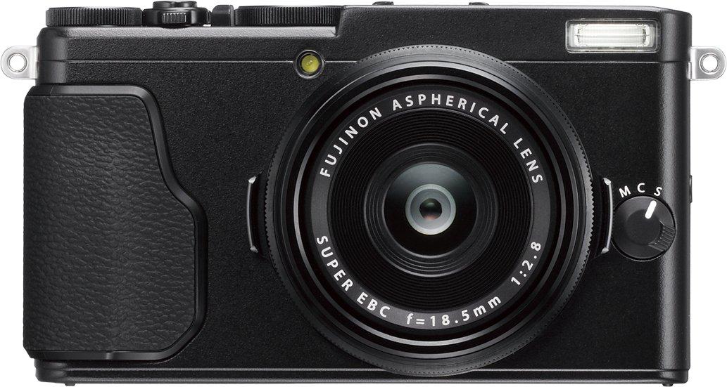 FUJIFILM X70 černý + Lexar SDHC 32 GB zdarma