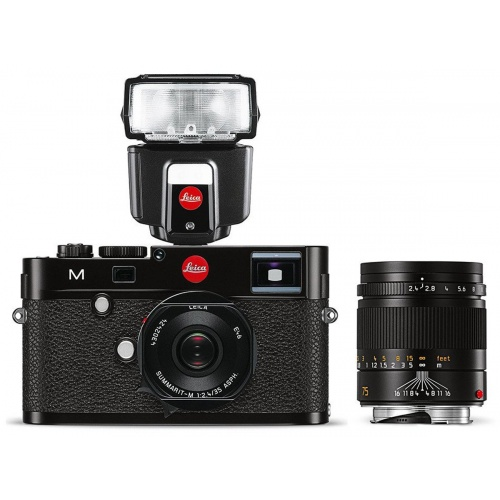 LEICA M (Typ 262) + 35 mm f/2,4 + 75 mm f/2,4 + blesk SF 40 + System bag M