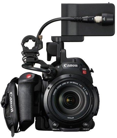 CANON EOS C200 + 24-105 mm