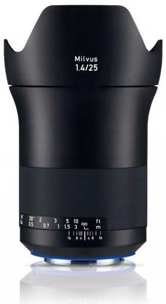 ZEISS Milvus 25 mm f/1,4 Distagon T* ZE pro Canon - z výstavky