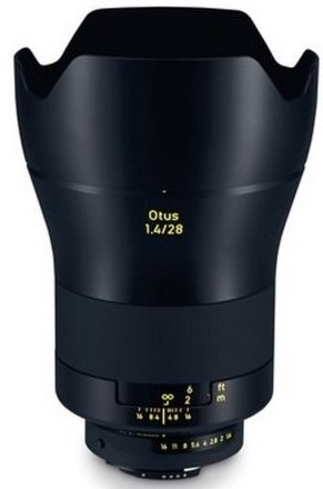ZEISS Otus 28 mm f/1,4 Apo Distagon T* ZE pro Canon - z výstavky