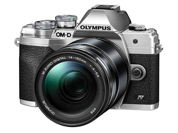 OLYMPUS E-M10 Mark IV stříbrný + 14-150 černý
