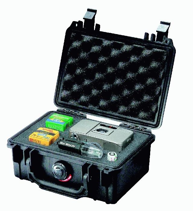 PELI CASE 1120 - vodotěsný kufr s pěnou