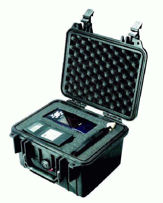 PELI CASE 1300 - vodotěsný kufr s pěnou