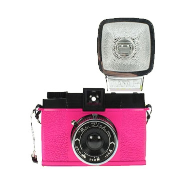 LOMOGRAPHY Diana F+ Mr. Pink