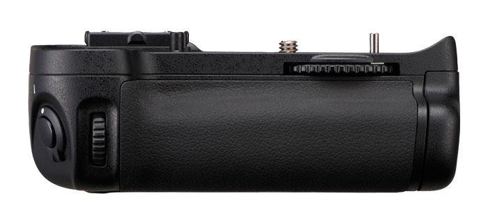 NIKON MB-D11 pro D7000