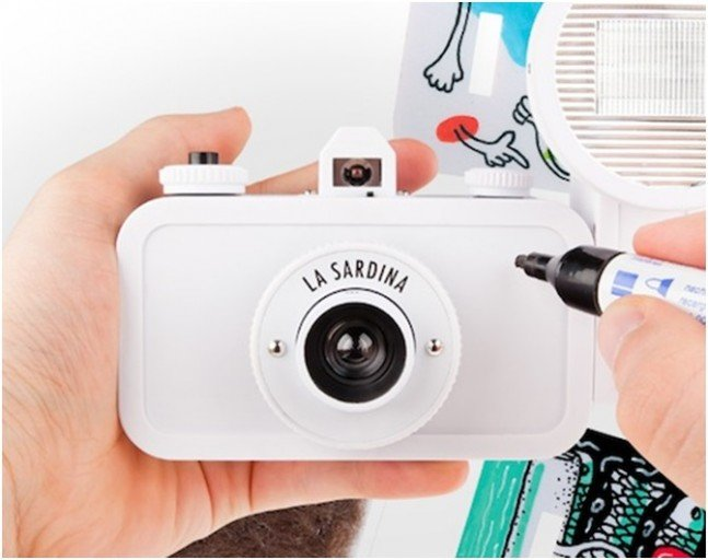 LOMOGRAPHY La Sardina camera & Flash - DIY
