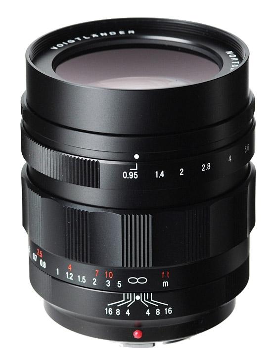 VOIGTLÄNDER 42,5 mm f/0,95 Nokton pro Olympus/Panasonic MFT