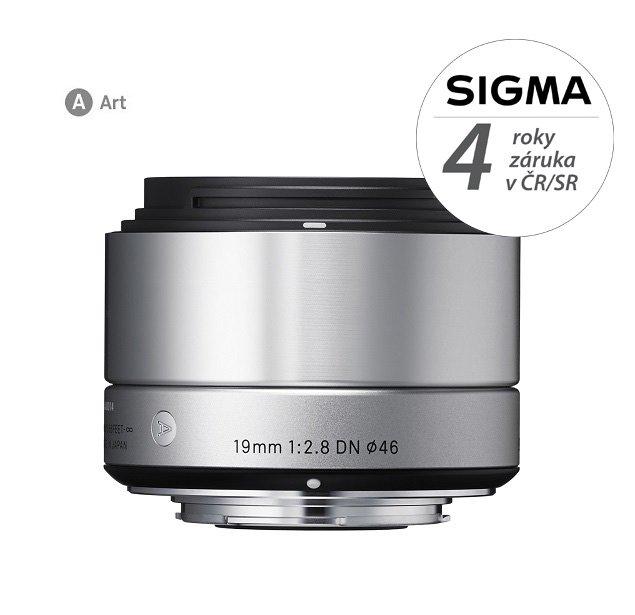 SIGMA 19 mm f/2,8 DN Art stříbrný pro Sony E (APS-C)